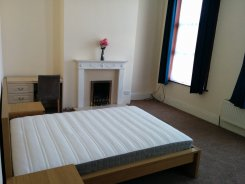 Room offered in Queens park London United Kingdom for £850 p/m