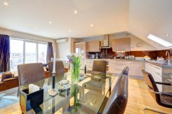 Apartment offered in Fulham London United Kingdom for £1360 p/m