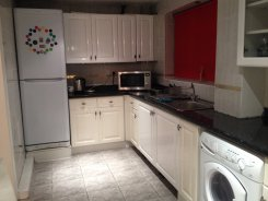 Double room offered in Harrow London United Kingdom for �475 p/m