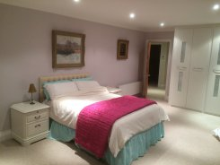 Double room offered in Rickmansworth Hertfordshire United Kingdom for £65 p/d