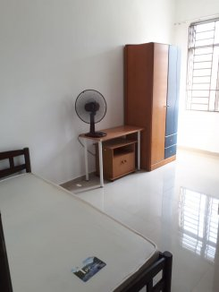 Room offered in Bukit indah Johor Malaysia for RM450 p/m