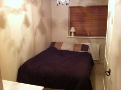 Room offered in Crawley West Sussex United Kingdom for £425 p/m