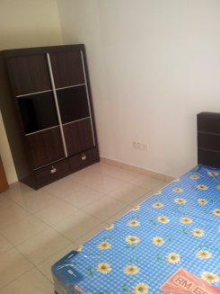 Room offered in Bukit indah Johor Malaysia for RM430 p/m