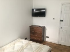 Double room in London Roahampton for £680 per month