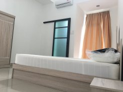 Room offered in Glenmarie Selangor Malaysia for RM800 p/m