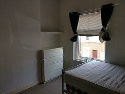 Double room in West Midlands Coventry for £300 per month