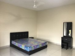 Double room offered in Austin heights Johor Malaysia for RM850 p/m