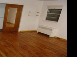 Room offered in Bronx New York United States for $153 p/w