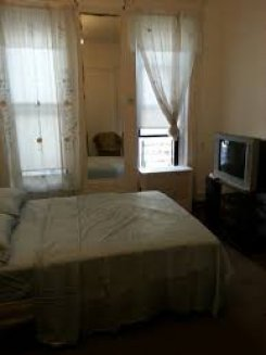 Room offered in Ny City New York United States for $150 p/w