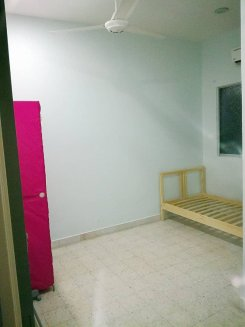 Room offered in Puchong  Selangor Malaysia for RM450 p/m