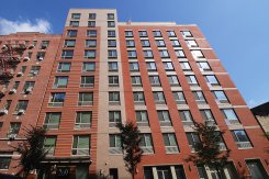 Apartment offered in Ny City New York United States for $957 p/m