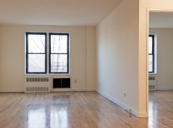 Apartment offered in Ny City New York United States for $1123 p/m