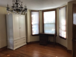 House offered in Boston Massachusetts United States for $850 p/m