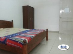 Room offered in Shah alam  Selangor Malaysia for RM700 p/m