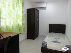 Room offered in Sri petaling Kuala Lumpur Malaysia for RM500 p/m