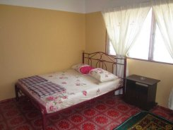 Room offered in Bandar sunway Selangor Malaysia for RM500 p/m
