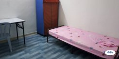 Room offered in Shah alam  Selangor Malaysia for RM450 p/m
