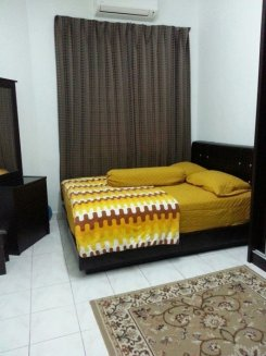 Room in Kuala Lumpur Taman tun dr ismail  for RM500 per month