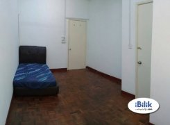 Room offered in Taman mayang Selangor Malaysia for RM500 p/m