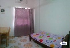 Room offered in Setia alam Selangor Malaysia for RM600 p/m