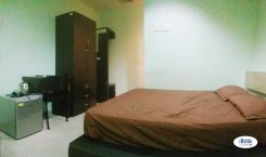 Room offered in Seksyen 17, petaling jaya Selangor Malaysia for RM550 p/m