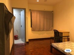Room offered in Putra heights, subang jaya Selangor Malaysia for RM500 p/m
