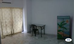 Room offered in Usj Selangor Malaysia for RM560 p/m