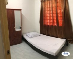 Room offered in Bandar puteri puchong Selangor Malaysia for RM570 p/m