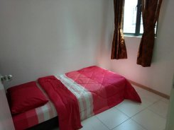 Room offered in Shah alam  Selangor Malaysia for RM560 p/m