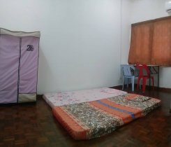 Room offered in Taman sea Selangor Malaysia for RM560 p/m