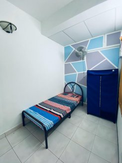Single room offered in Bandar utama Selangor Malaysia for RM460 p/m