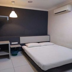 Room offered in Bandar puchong jaya Selangor Malaysia for RM650 p/m