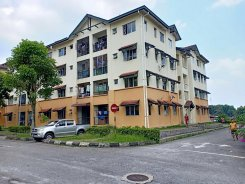 Apartment offered in Putra heights, subang jaya Selangor Malaysia for RM1300 p/m