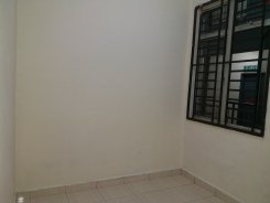 Apartment offered in Taman tampoi indah Johor Malaysia for RM350 p/m