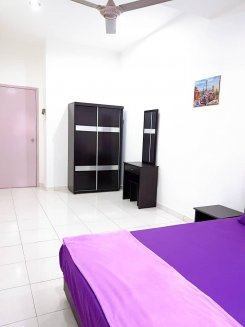 Room offered in Bukit indah Johor Malaysia for RM700 p/m