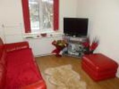 Apartment offered in 1 bed 1st floor flat Middlesex  United Kingdom for £1000 p/m