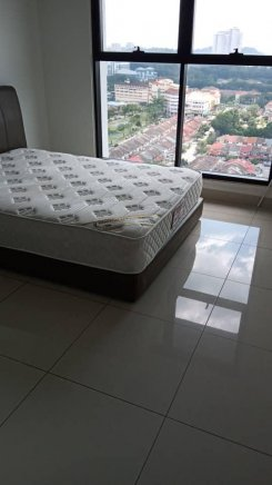 Double room offered in Bandar utama Selangor Malaysia for RM900 p/m